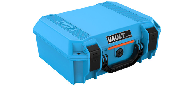 Pelican V200 Vault Medium Case, Blue